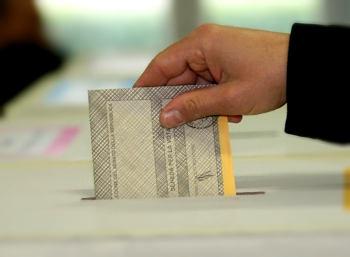 Le due Costituzioni – I testi del referendum